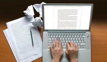 Hãy cứ viết đi, hỡi những người đam mê viết lách!